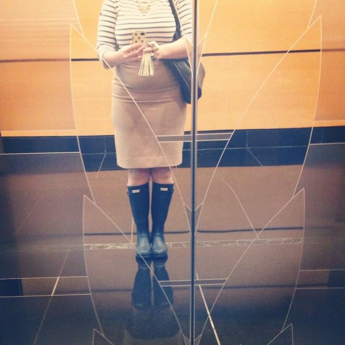 Elevator Selfie @jennawessinger