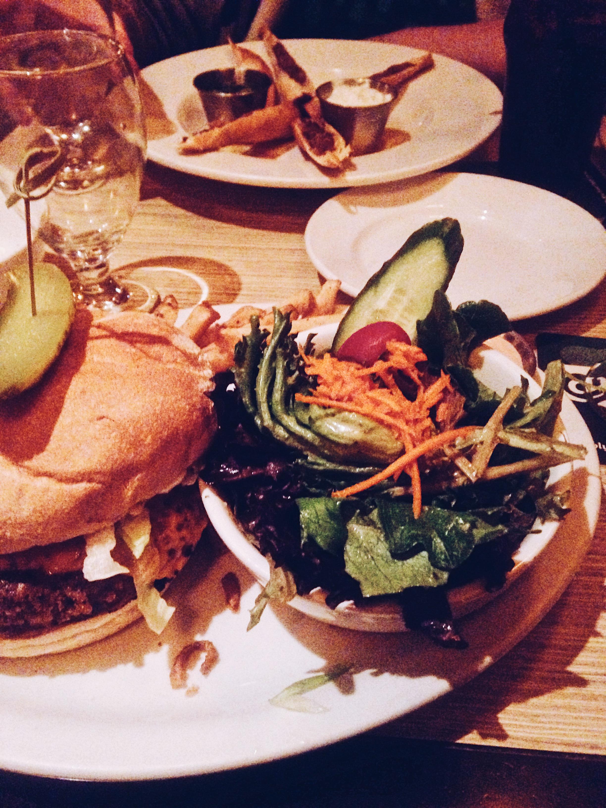Veggie burgers at Biercraft. Restaurant review. Vancouver. Canada