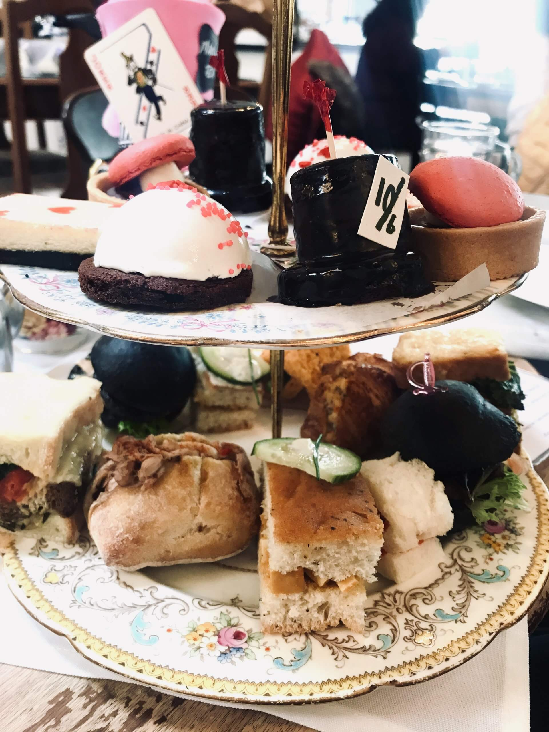 High tea tray with 3 layers