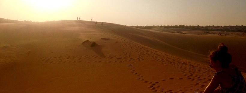 mui_ne_vietnam_red_sand_dunes