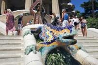 parc_guell_park_barcelona_sculpture