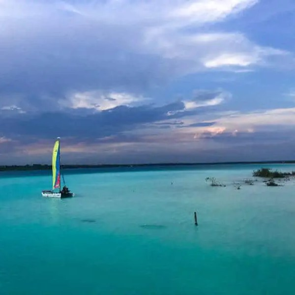 The Best Way to See Laguna Bacalar – Boat Tours!