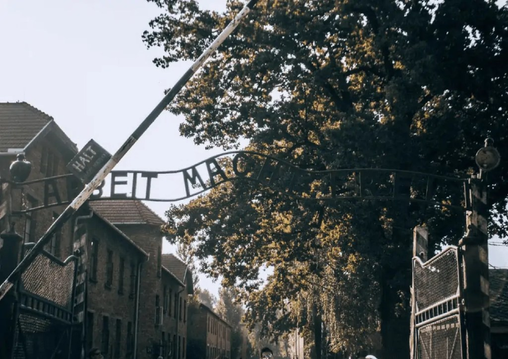 Main entrance to Auschwitz - Work Sets You Free