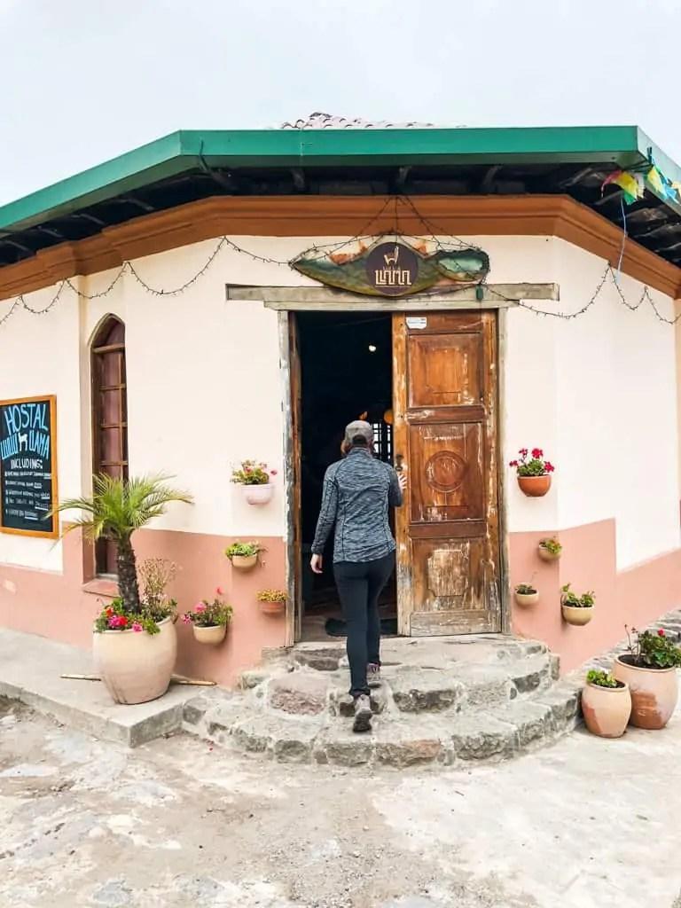 Me entering hostel Llullu llama