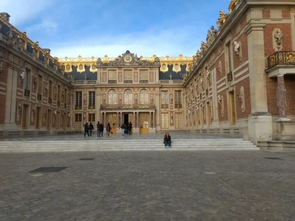 Gwen in front of beautiful Versailles