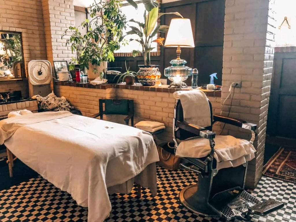 the schvitz detroit spa services area