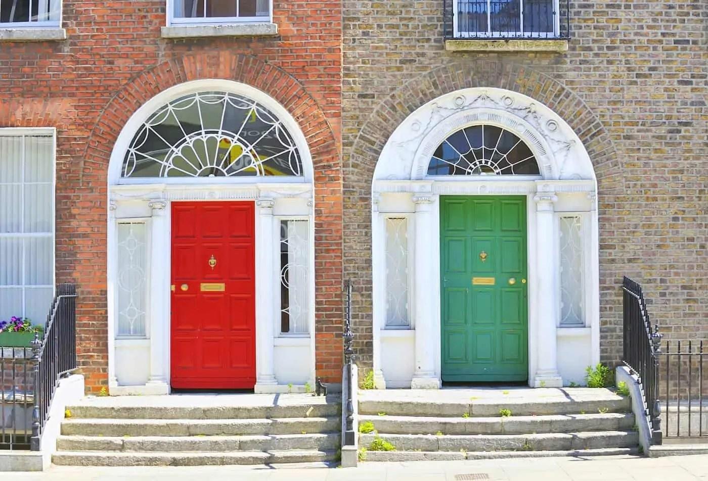 Georgian doors in Dublin's Merrion Square | c/o Deposit Photos
