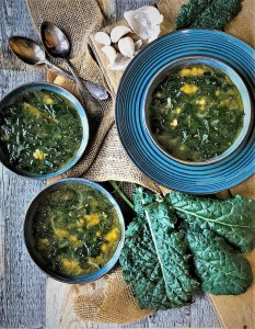 Super Quick Kale and White Bean Soup