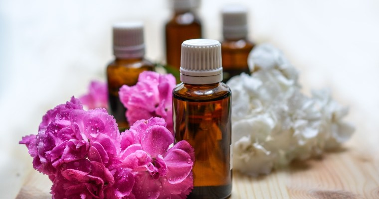Essential oils ~ Tips on Starting your Essential Oils Collection