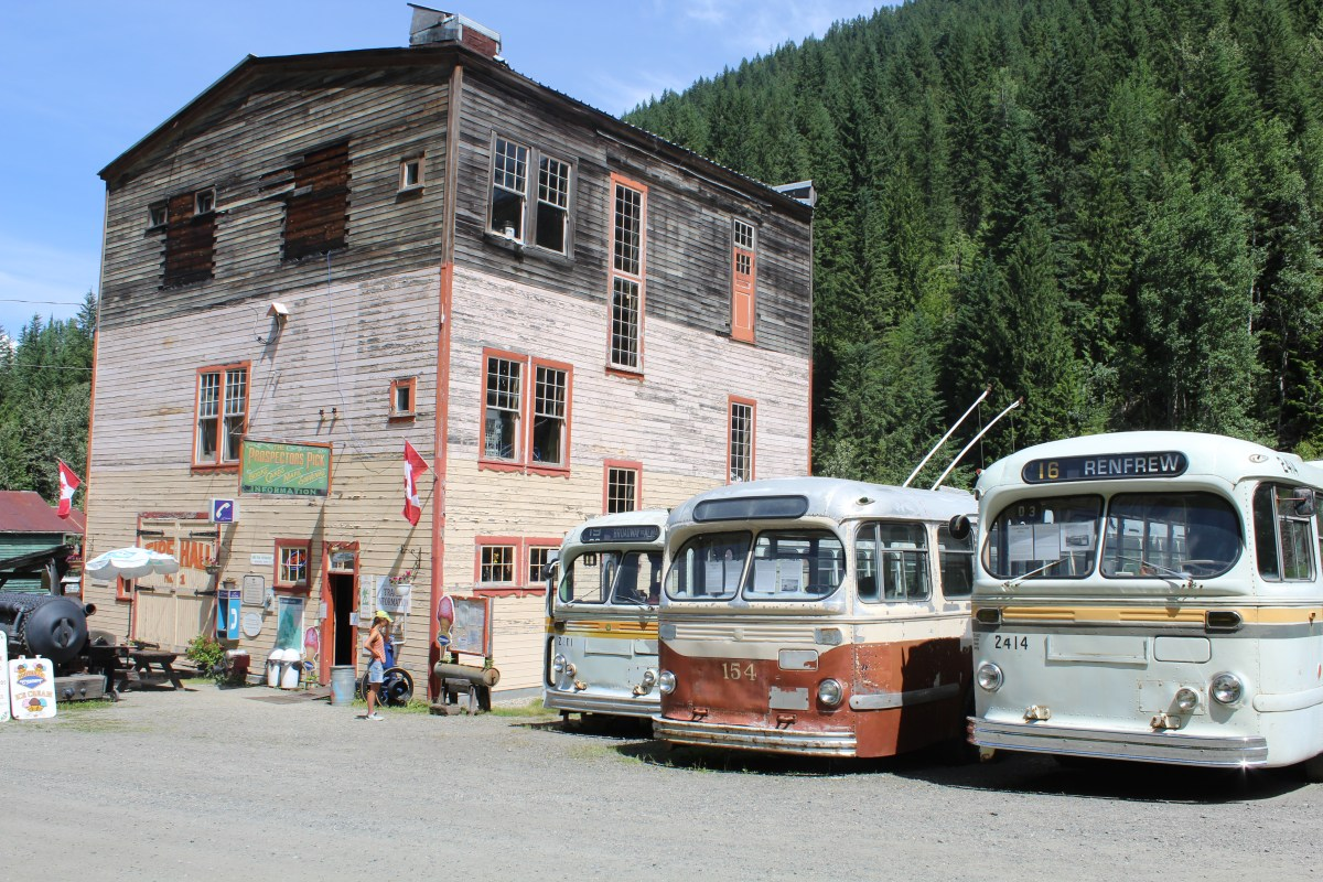 Exploring a Spooky Ghost Town ~ Sandon B.C.