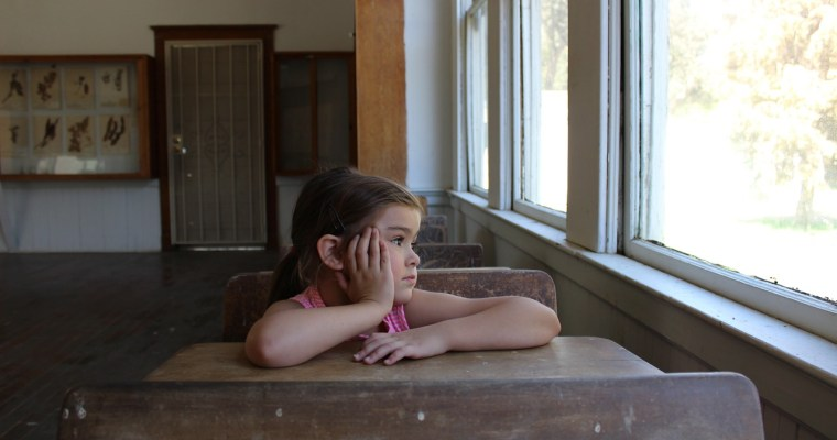 How to Help Your Child Overcome Fears about School and Tips on helping them make friends