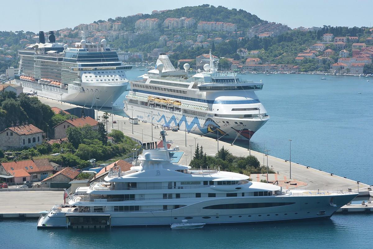 King Of Silvers Yacht Docked In Dubrovnik Just Dubrovnik