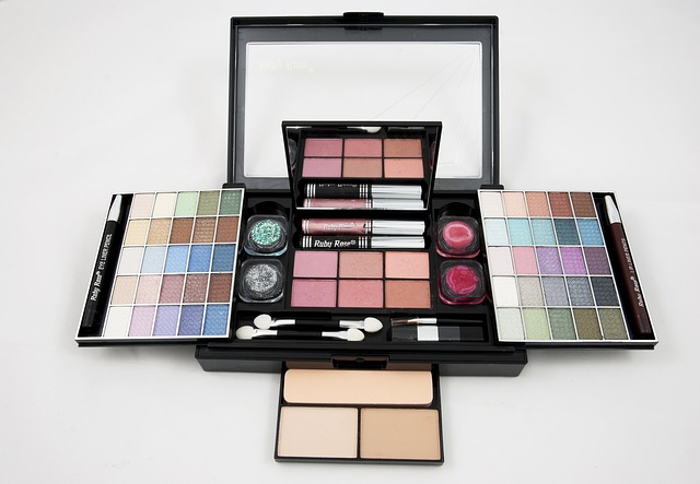 The Must Have Items in Bridal's Makeup Kit