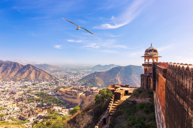 Top 5 Prominent Monuments to Visit in Jaipur