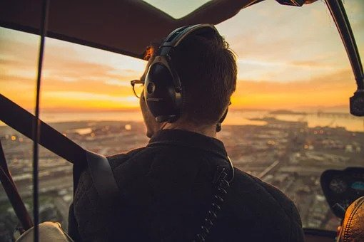 how to become a helicopter pilot