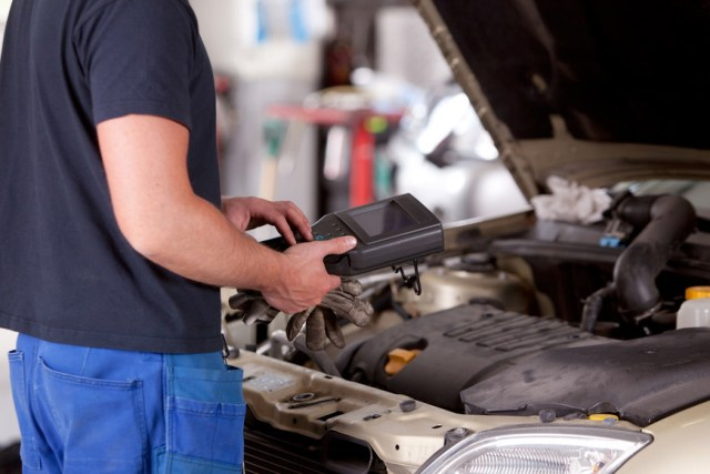 Do You Know These 10 Benefits Of A Car Diagnostic Tool?