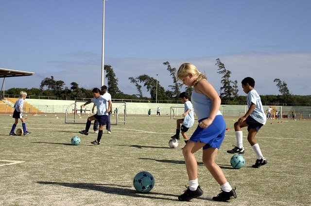 THE ROLE OF SPORTS IN IMPROVING THE HEALTH