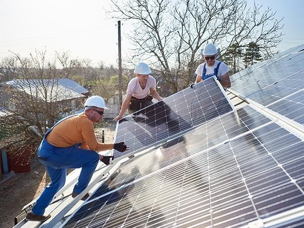 Commercial Solar Installation in Melbourne: Why Should You Make Your Business Go solar?