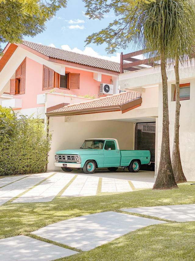 What to Do With the Extra Car in Your Driveway