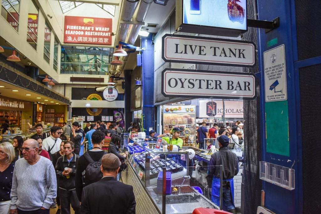 live tank oyster bar