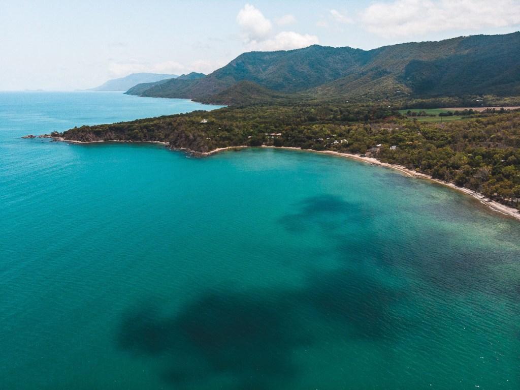 Captain Cook Highway meets the great barrier reef