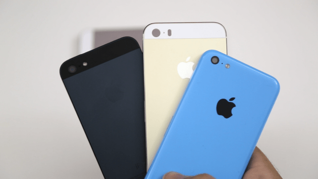 Video comparison of the champagne iPhone 5S, lower-cost iPhone 5C and iPhone 5
