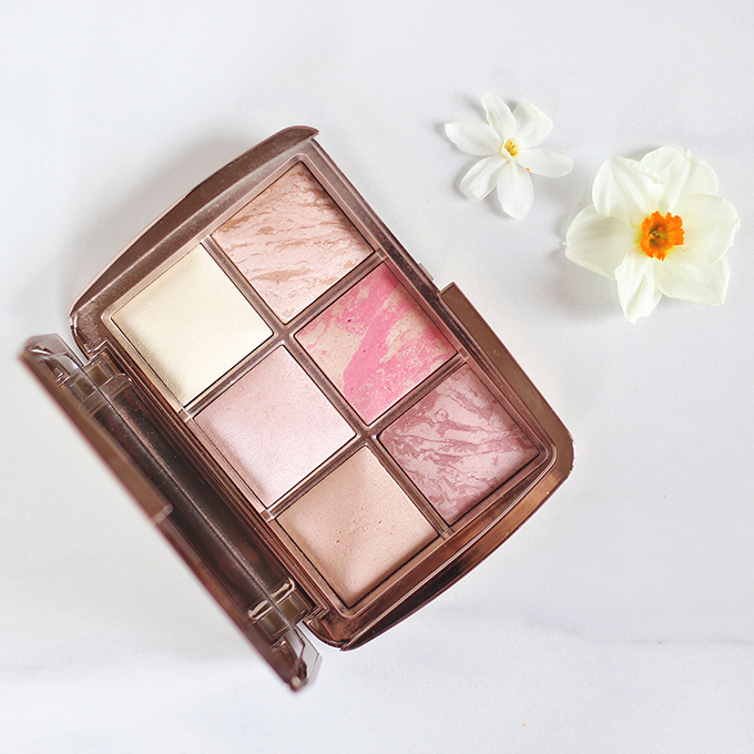 Hourglass Ambient Lighting Blush in Luminous Flush photos, review, swatches | Hourglass Ambient Lighting Bronzer in Luminous Bronze Light photos, review, swatches // JustineCelina.com