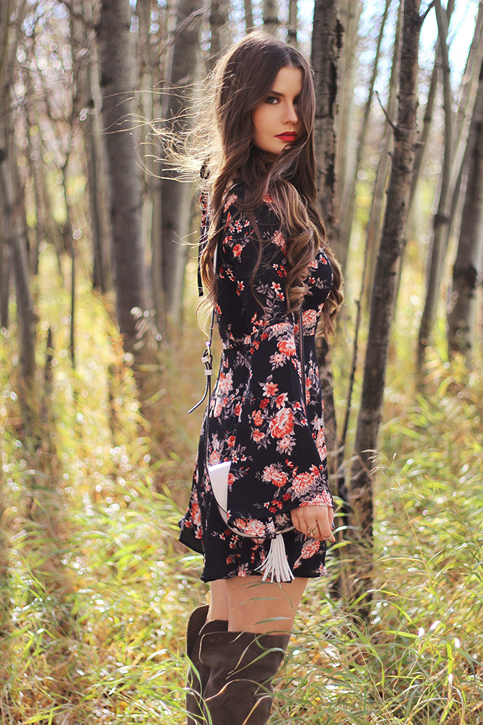 Autumn 2016 Trend Guide | New Romantic | 70's Inspired Fall Floral Dresses // JustineCelina.com