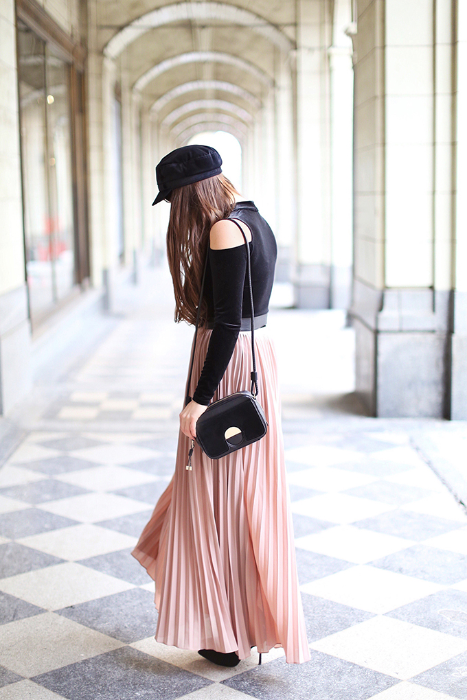 What to Wear to | Casual Holiday Parties | Holiday 2017 | Cross Body Bags // JustineCelina.com