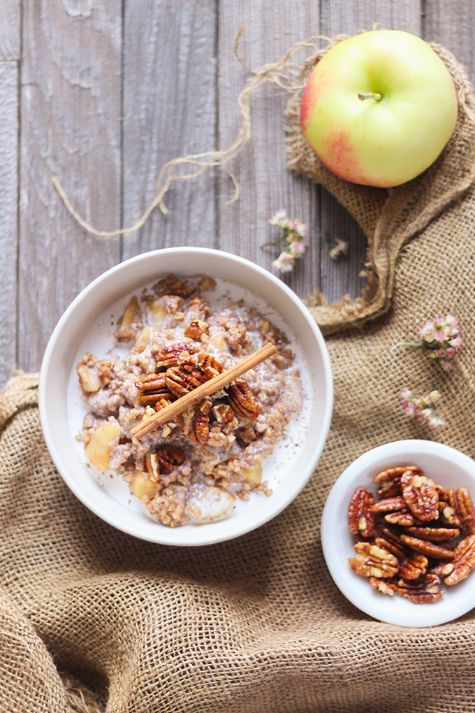 Apple Pie Steel Cut Oats with Candied Maple Pecans | #Vegan, #GlutenFree and #RefinedSugarFree | 20+ Favourite Plant Based Fall Recipes // JustineCelina.com