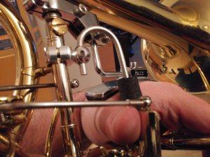 trombone_grip_brace_support_rest_bar