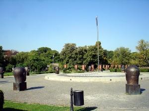 Monumentul_parintilor_fondatori_ai_Uniunii_Europene