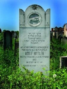 Adolf Hittler1