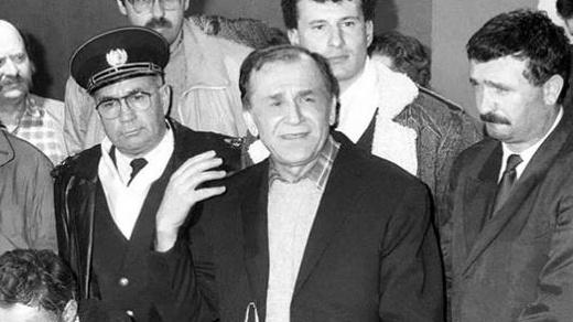 """Vă prezint două secvențe din Mihail Bulkakov, """"Maestrul și Margareta"""" (ed. 1972) rupte din discuțiile între Maestrul Woland și […]"""