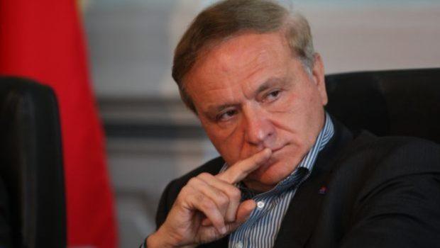 Către Președintele României, Klaus Iohannis,      […]