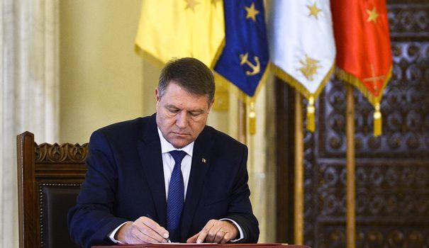 """Iată ce scriam în 3 noiembrie 2016: """"George Soros are președintele României (consiliat de Sandra Pralong, prima directoare a […]"""