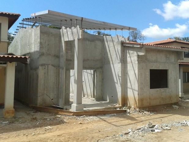 obra construcción banco