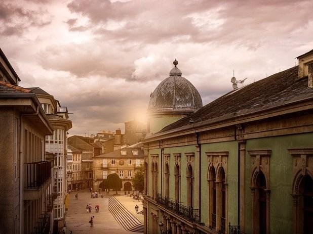 vistas del circulo de Lugo desde la muralla