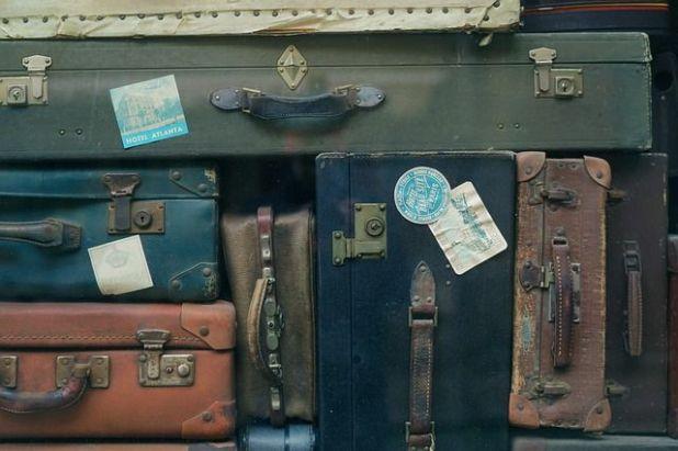 maletas viajes ajenos justito