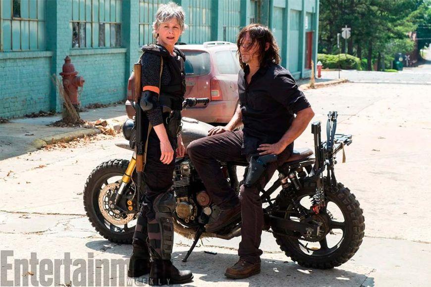 The Walking Dead sospese le riprese per la morte sul set di John Bernecker
