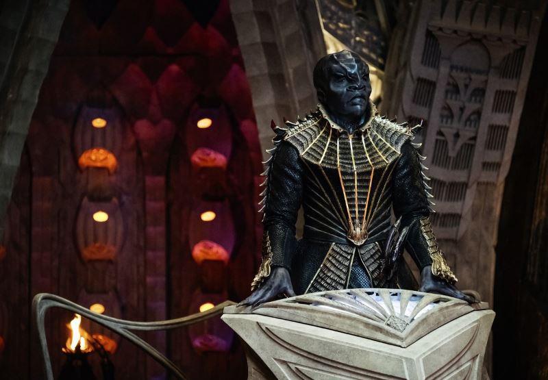 Star Trek: Discovery - Mia Kirshner nel cast, sarà la madre di Spock