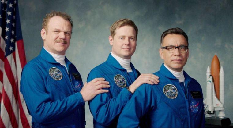 Moonbase 8: online il folle trailer della serie di (e con) John C. Reilly, Fred Armisen e Tim Heidecker - Justnerd.it