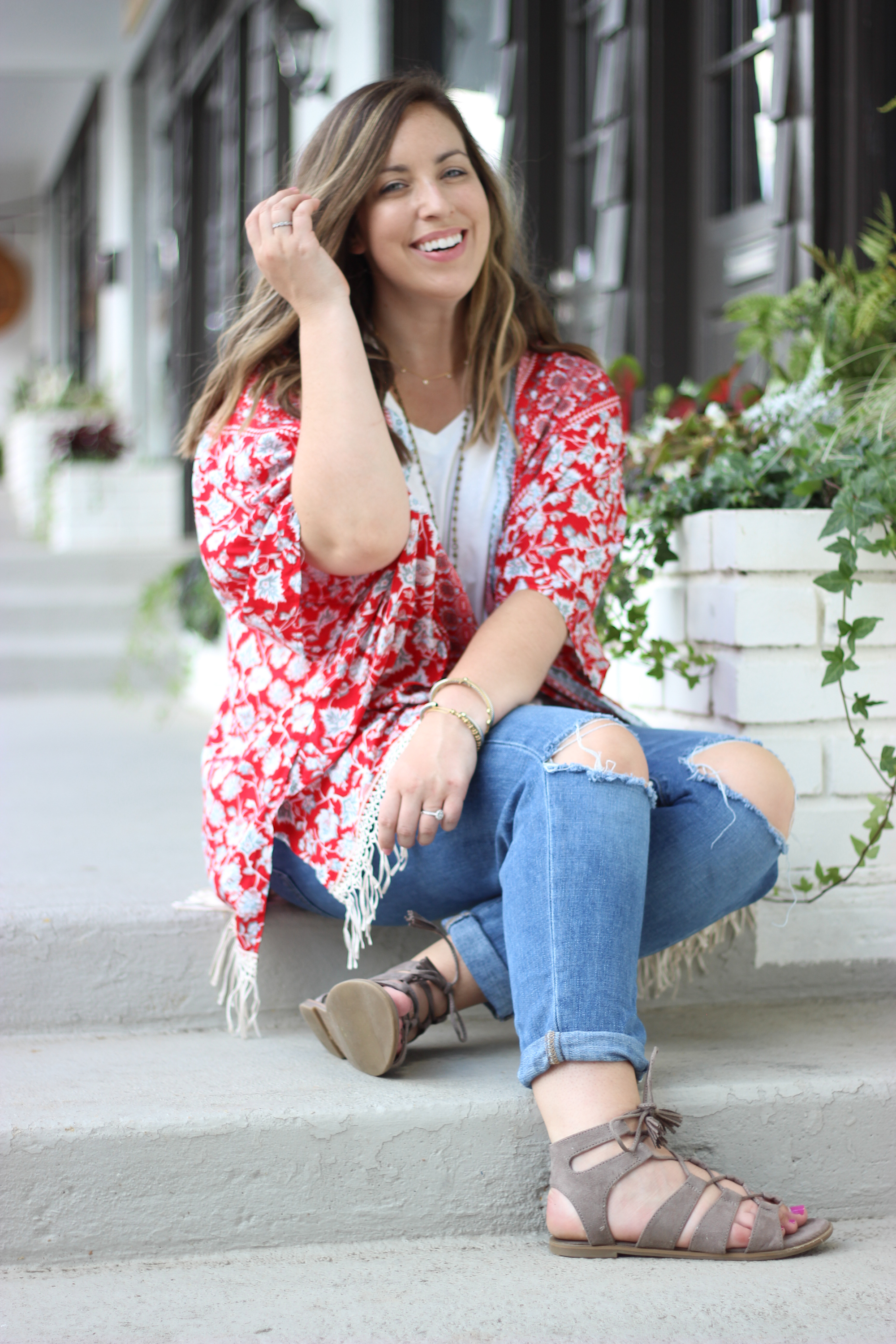 Boyfriend Jeans Outfit | Just Peachy Blog