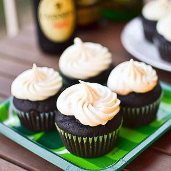 Boozy Irish Cupcakes