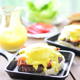Sunday Brunch: Eggs Benedict Burger