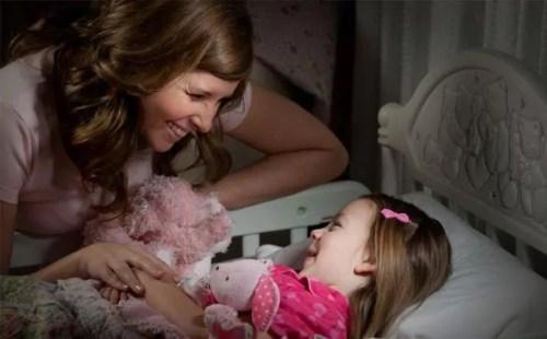 Perguntas para fazer ao seu filho antes dele dormir - Just Real Moms