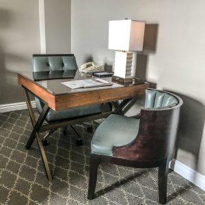 Fairmont Le Chateau Frontenac - Quebec City - Room Desk