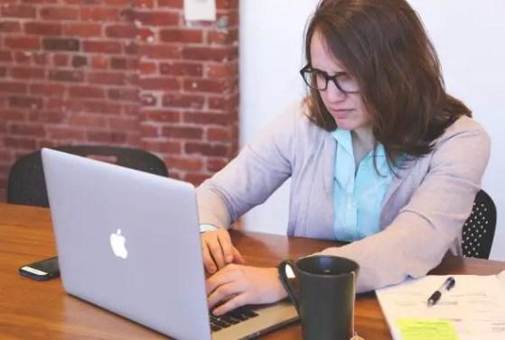 Best Ways Entrepreneurs Can Destress from Work