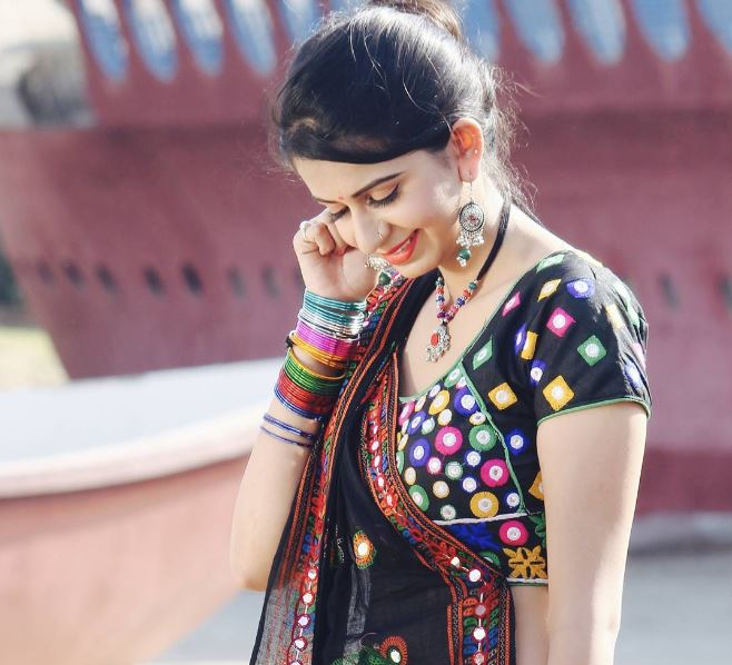 Kinjal Dave Gujarati Singer Hit Songs, MP3, Videos, Wiki and