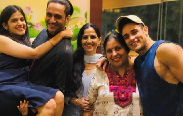 Vikas Gupta - Priyank Sharma